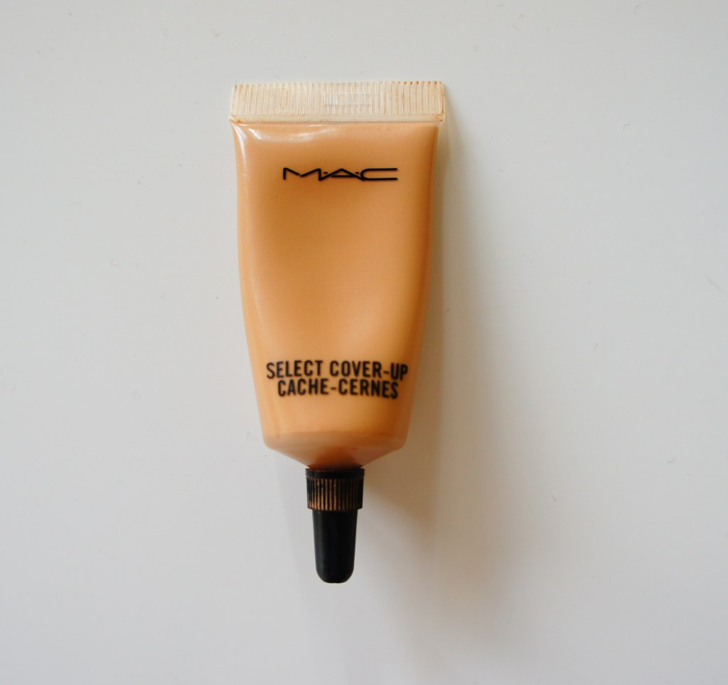 MAC Cosmetics Select Cover-Up Concealer